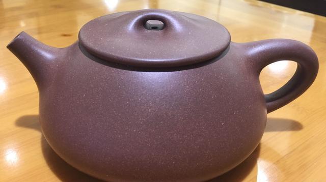 为紫砂爱好者支招:说说优质紫砂壶底槽清原料的由来